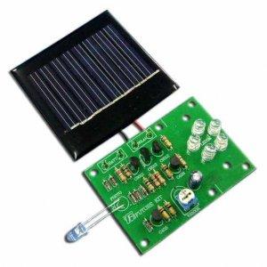 """קיט אלקטרוני 5 נורות לד טעינה ע""""י לוח סולארי – חיישן –"""