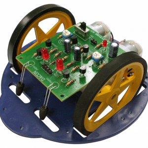 קיט אלקטרוניקה – רובוט DACON – רובוט נע לכיוון חשוך הלחמה