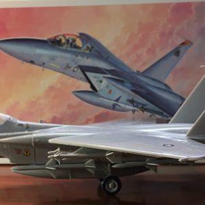 """קיט הרכבה לילד מטוס תקיפה דגם F-15D EAGLE של צבא ארה""""ב 57 חלקים"""