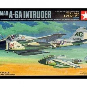 קיט הרכבה לילד מטוס תקיפה מודל TAMIYA 1/100 Grumman A-6A Intruder 1/100